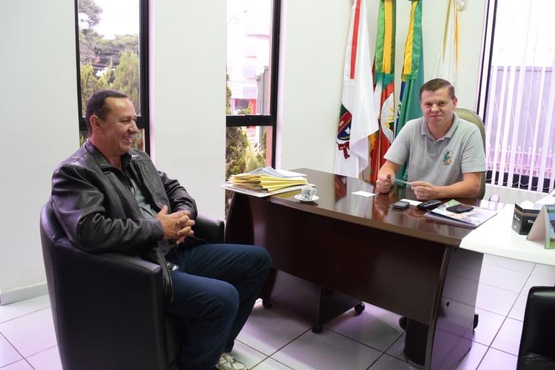 Morador da Siqueira Campos pede apoio do Legislativo