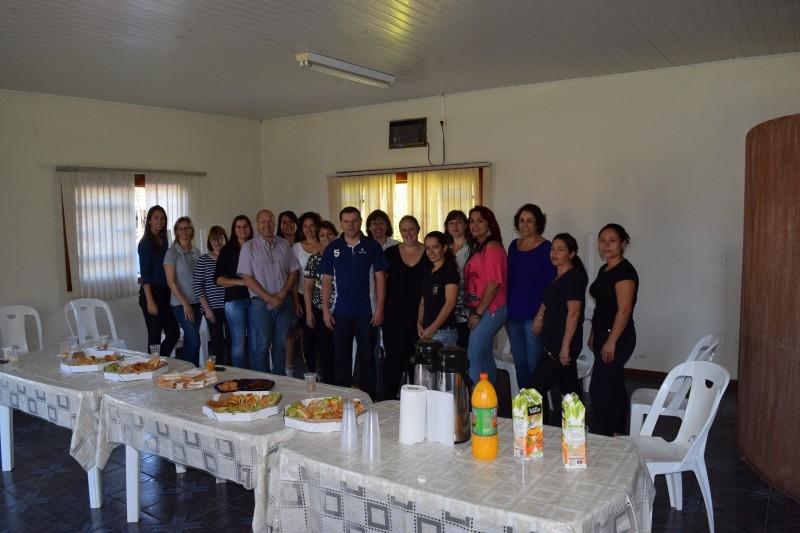 Câmara homenageia mulheres
