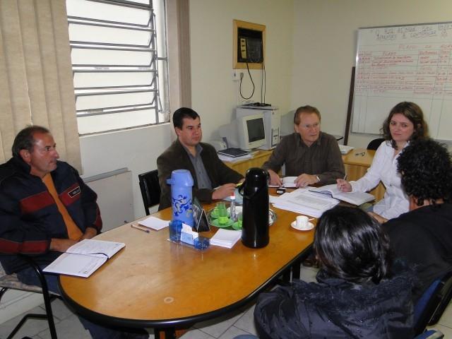 Vereador Rudi Brombilla apoia reivindicações do bairro São Lucas.