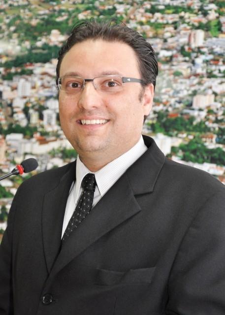 Vereador Grandó Propõem Projeto de Lei para Recolhimento e Substituições de Sacolas Plásticas.