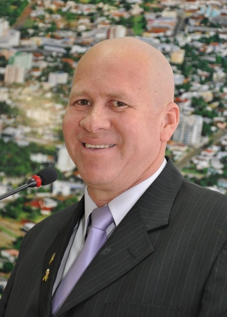 Paulino de Moura busca mais Vagas para Graduação em Medicina