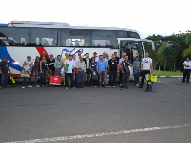 Comitiva de Empresários do Setor Moveleiro Presente na FIMMA 2011