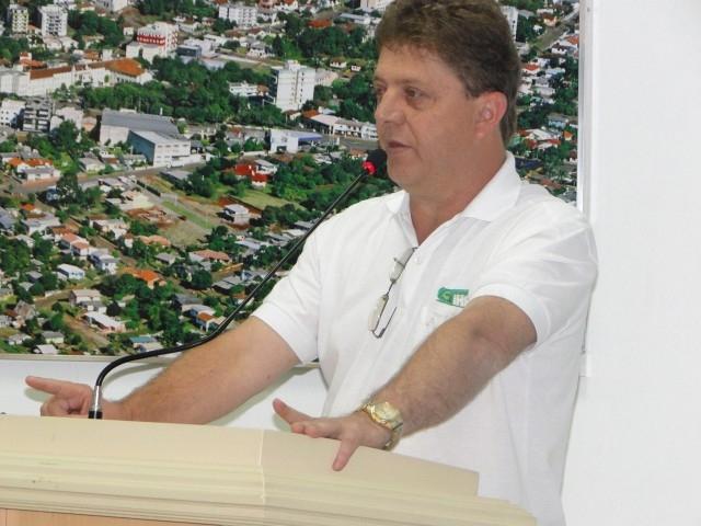 Vereador Leandro Demonstra Preocupação com a Dívida do PREVICARAZINHO