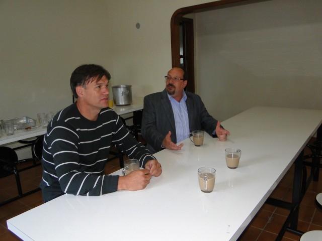 Erlei visita Primeira Comunidade Terapêutica Pública do Brasil