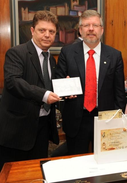 Comitiva de Carazinho é recebida pelo Presidente da Câmara dos Deputados, Marco Maia