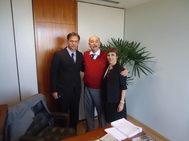 Erlei e Sandra informam ao Deputado Federal Osmar Terra o Andamento de Projetos que contam com seu Apoio.