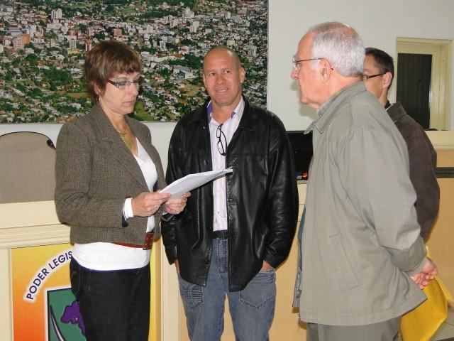 Entrega da prestação de Contas do primeiro Quadrimestre 2011