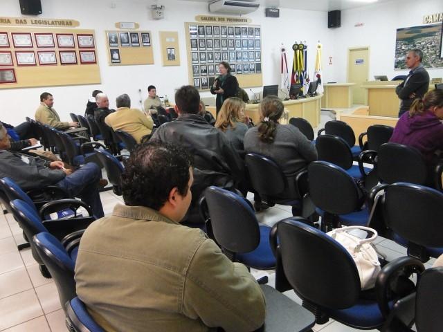 Legislativo sedia encontro para promover a Regularização da Agroindústria na Região