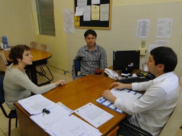Sandra e Erlei reuniram-se com o secretário da saúde