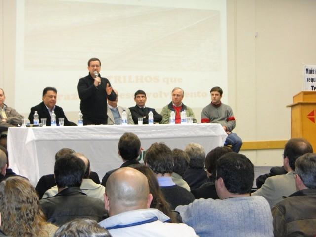 A Presidente participa do Seminário Marco-Regional Ferrovia Norte – Sul