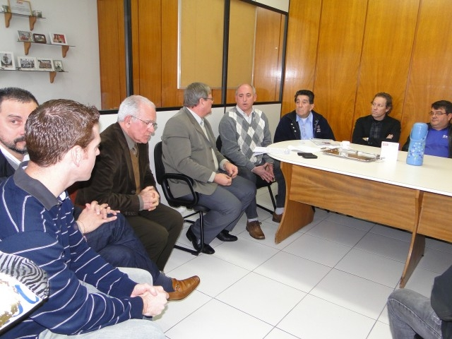Lideranças visitam a Stara e colocam Carazinho a disposição para instalação da indústria de tratores