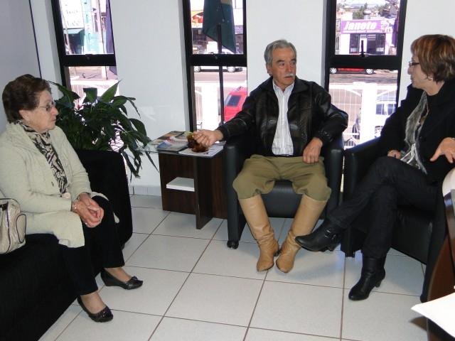 A presidente Sandra Citolin recebeu o Tradicionalista Destaque 2011