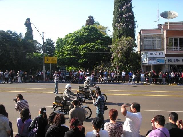 Grande Público prestigia Desfile da Independência