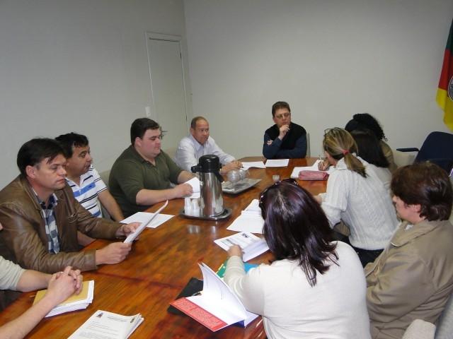Comissões de CJF e COES receberam representantes do PREVICARAZINHO