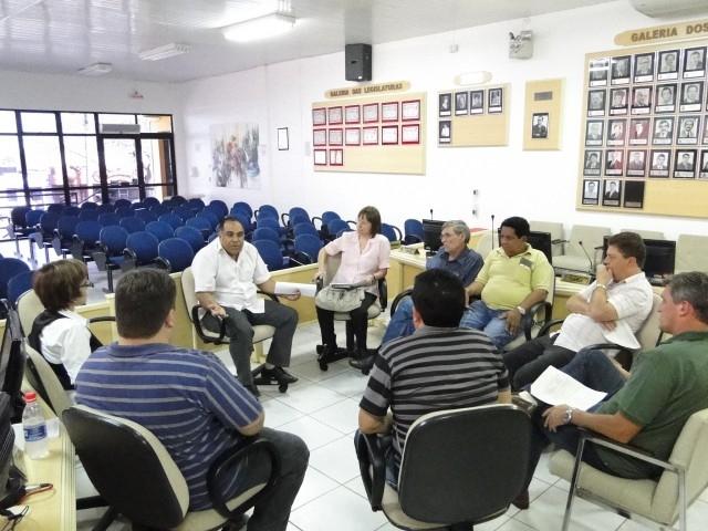 Projeto criação de cargos efetivos do PREVI é discutido com APROCAR e SSPMC