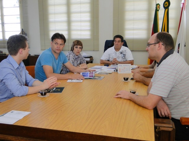 Poder Legislativo intermedia audiência entre o Prefeito e o Tribunal de Mediação e Arbitragem