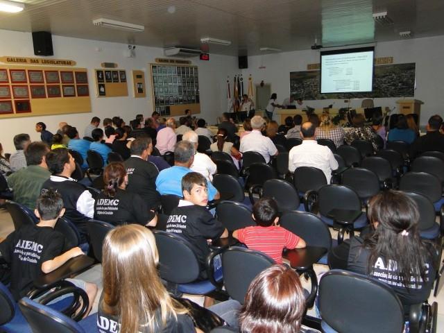 Grande público acompanhou a Audiência Pública promovida pelo Legislativo que debateu a LOA 2012