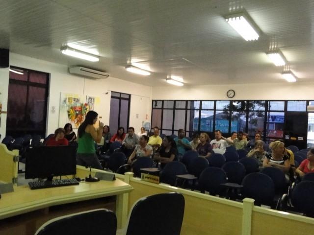 Legislativo sedia reunião habitacional com beneficiários do Programa Minha Casa Minha Vida