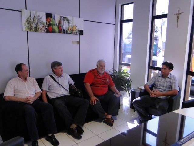 Erlei recebe representantes da CORSAN