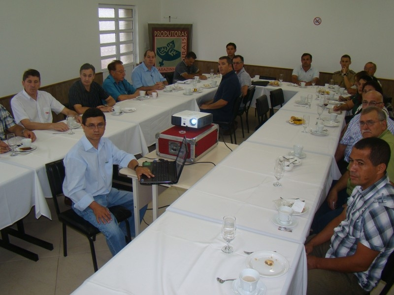 Erlei participa de café da manhã do Sindicato Rural