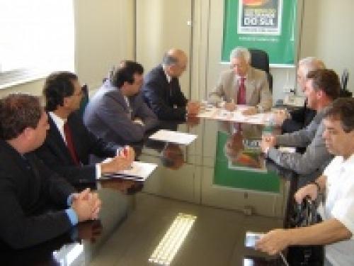 Vereadores reúnem-se com Deputado Diaz e com Secretário da Segurança