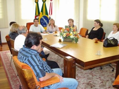 Vereadora busca auxílio com a administração para o MOFECOM