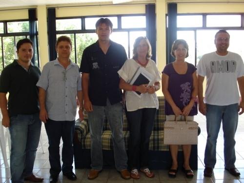 Vereadores estudam projeto de clínica para Dependentes Quimícos