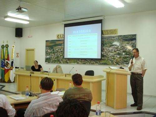 UNIMED apresenta projeto do novo CDT ao Legislativo