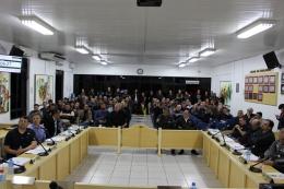 Eles pediram apoio dos vereadores para que se posicionem contrários à reforma administrativa do governo do Estado.