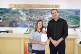 Samara Cristina Carvalho, da EMEF Pedro Vargas - 2º lugar