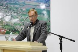 Secretário Charles Setti falou sobre estacionamento rotativo