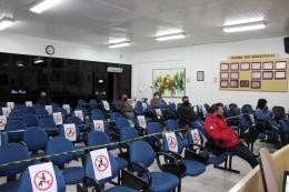 Público volta a assistir sessões da Câmara