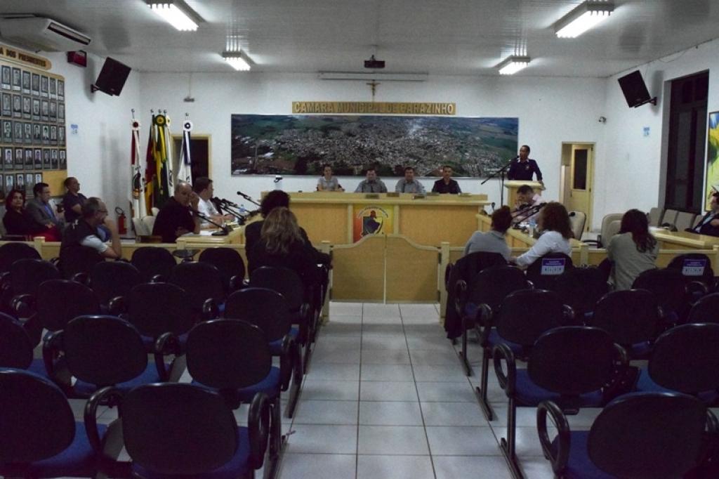 Legislativo aprova contratação de agentes de endemias e desafetação para construção de creche