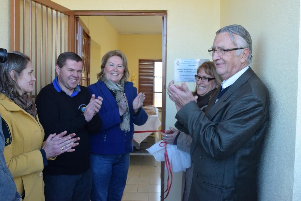 Vereadores prestigiam inauguração do Centro Municipal de Produção para Alimentação Escolar