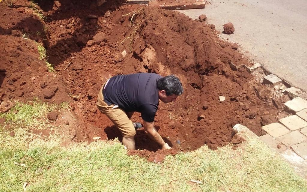 Vereador acompanha melhorias no bairro Sassi