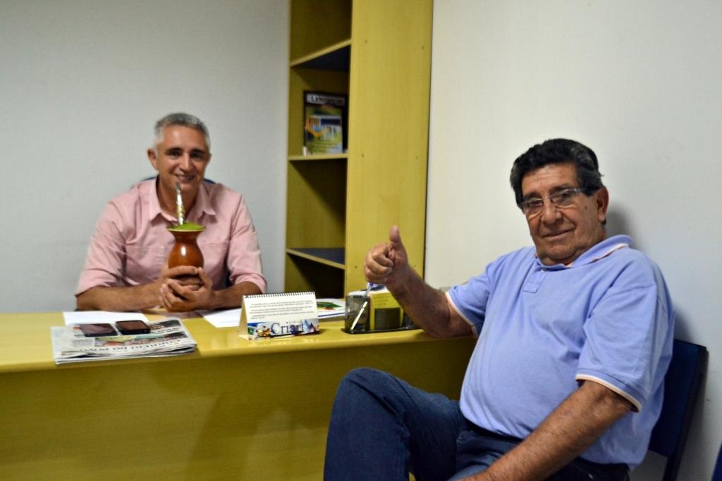 Vereador recebe a visita de ex-prefeito Aylton
