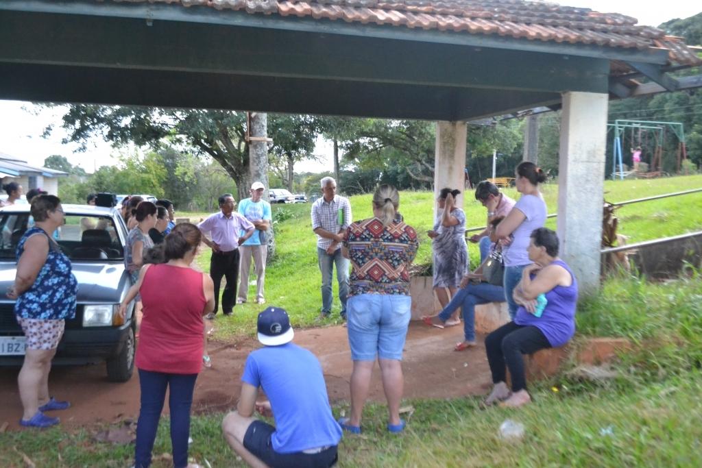 Moradores do bairro São Lucas fazem reivindicações ao poder público