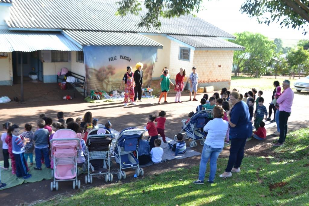 EMEI do bairro São Lucas promove atividade de Páscoa