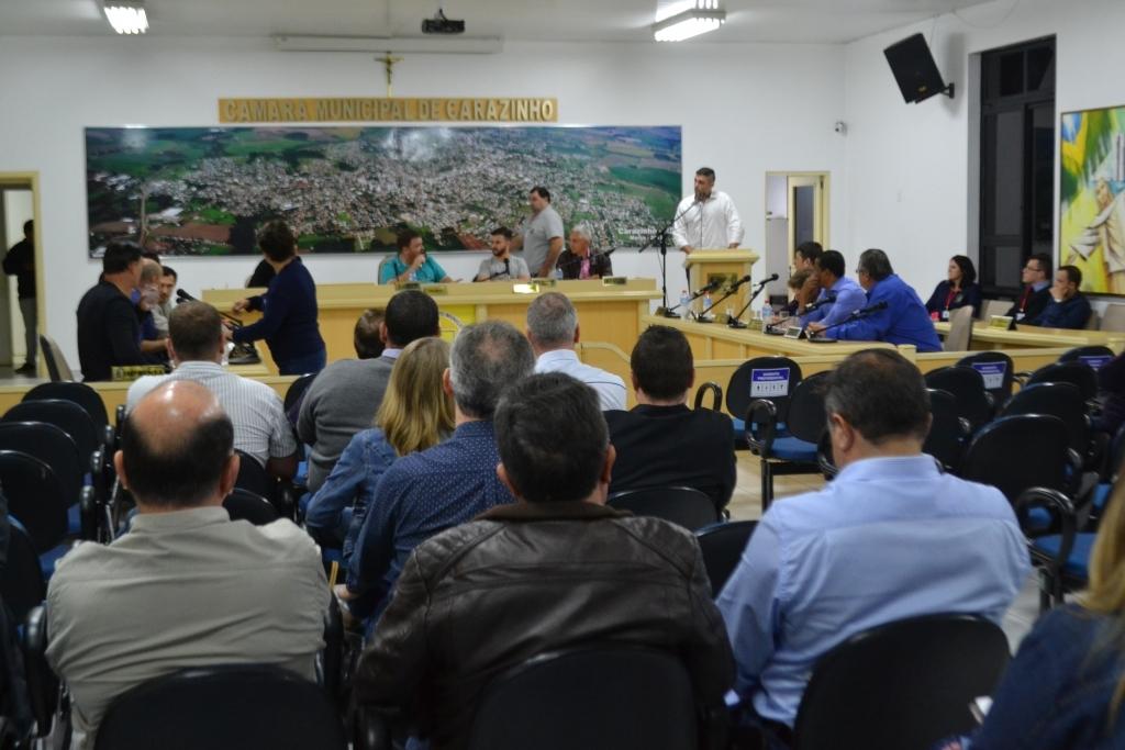 Abono para agentes de saúde e reavaliação das PCHs são aprovados pelo Legislativo