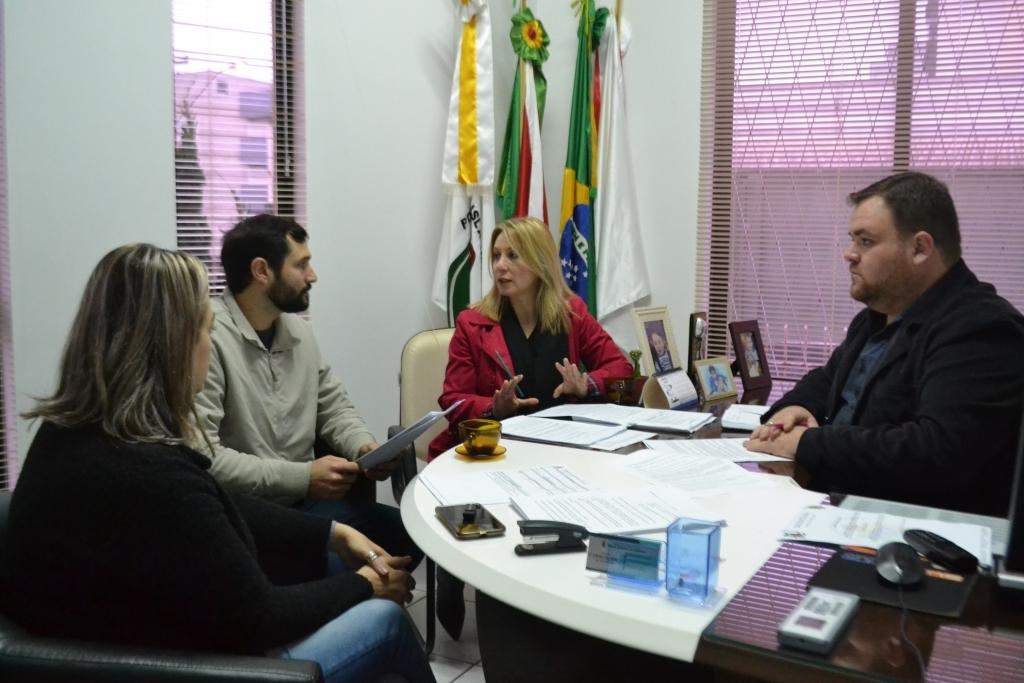 Planejamento apresenta projeto para regularização das edificações urbanísticas de Carazinho