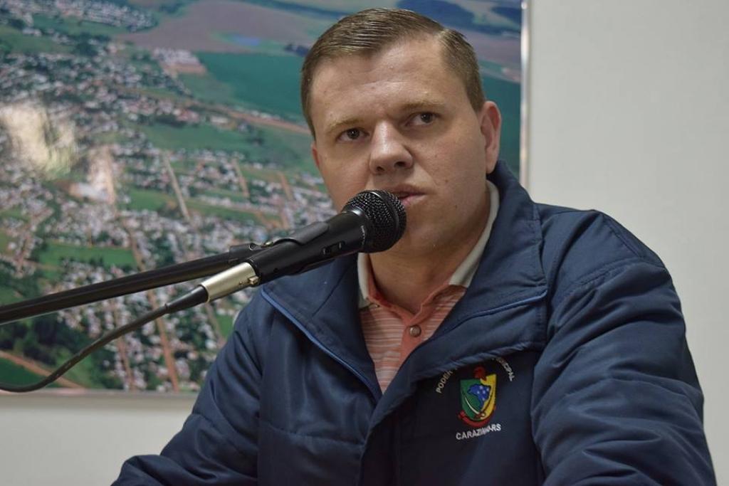Vereador sai em defesa do comércio local durante sessão da Câmara