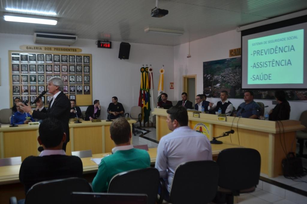 Carazinho discute sobre a Reforma da Previdência