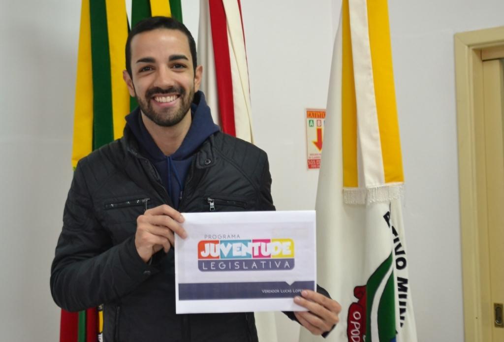 Sancionada Lei que institui Programa Juventude Legislativa em Carazinho