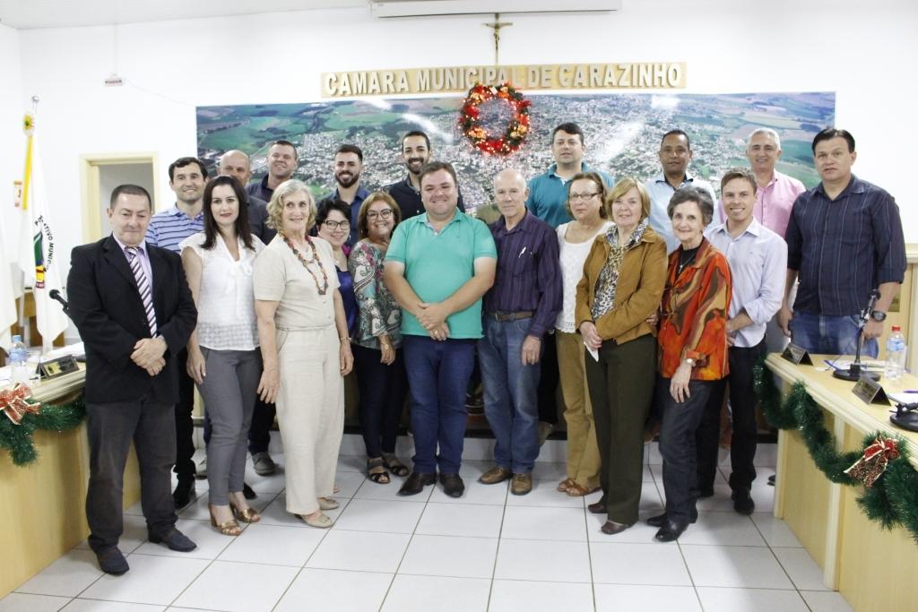 Fuccar destaca seus 20 anos de atuação no município durante sessão do Legislativo