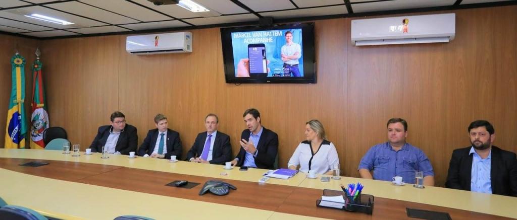 Câmara prestigia o lançamento do aplicativo para o eleitor em porto Alegre