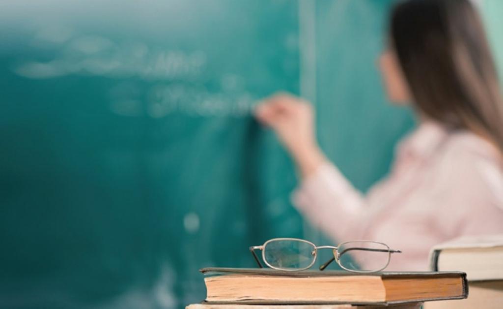 Poder Legislativo homenageará professores em sessão solene