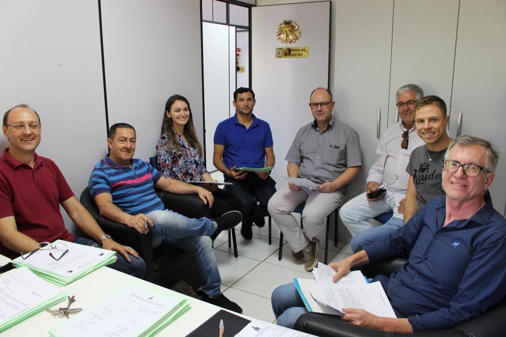 Comissão de Ordem Econômica e Social discute projetos com Secretário da Fazenda e Associação Médica