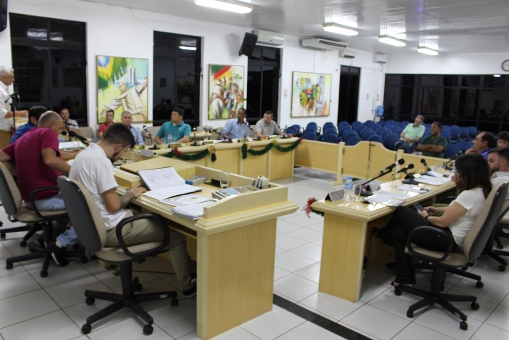 Sessão extraordinária aprova Lei Orçamentária Anual para 2019
