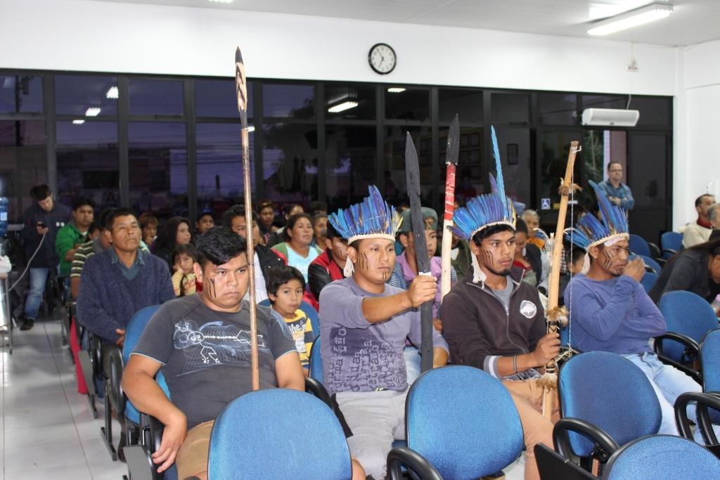 Tribuna Livre debate desocupação indígena e trabalho da OAB carazinhense
